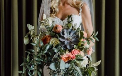 Top Trends in Bridal Bouquets .
